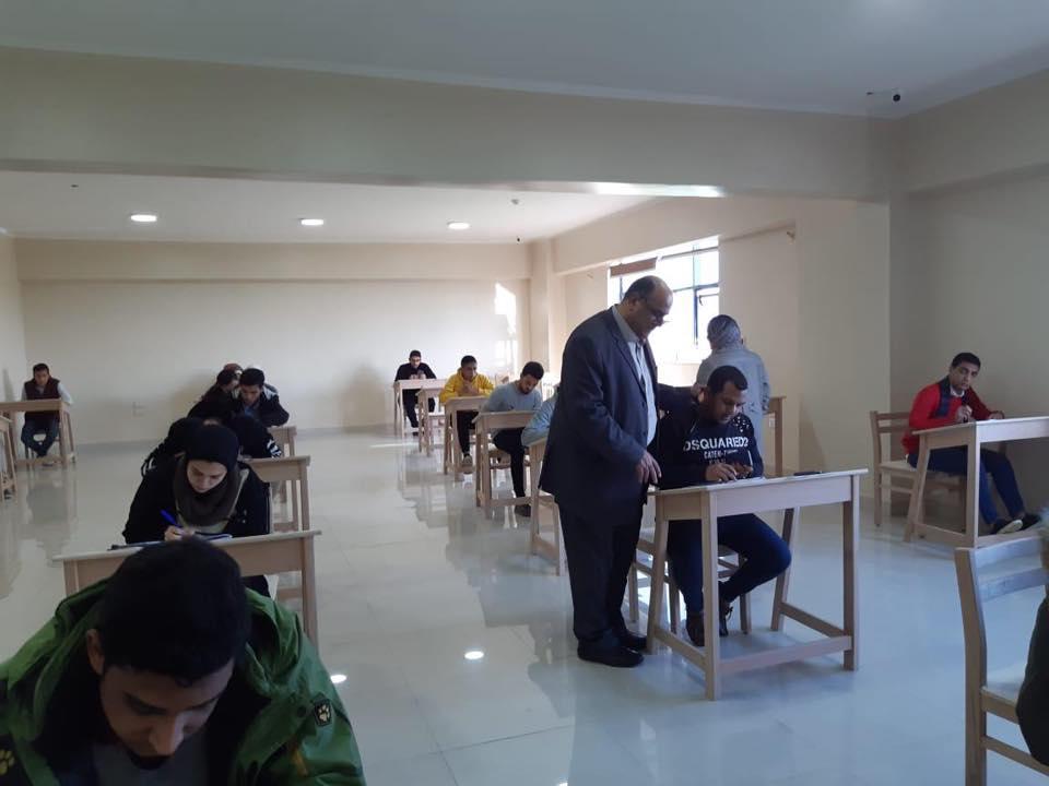 جداول امتحانات التخلفات لفصل الدراسي الاولي للعام الدراسي 2020/2021
